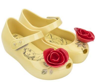 cheap for discount d84ec 9eb96 US $13.9 |Schönheit und das Biest Gelee Sandalen Mädchen Prinzessin  Sandalen Mädchen Schuhe Rose Sandalen in Schönheit und das Biest Gelee  Sandalen ...