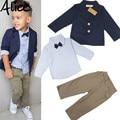 2015 Meninos Conjuntos de Roupas Cavalheiro Bonito Denim Crianças jaqueta + camisa + calça 3 pçs/set Crianças ternos do bebê dos miúdos Hot venda