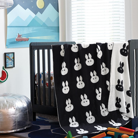 Black white rabbit design baby blanket,size 110 x 130cm thread blanket,100% cotton blanket on bed,baby crib sheet throw blanket