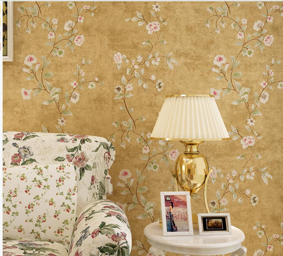 ФОТО Luxury European Modern Non-woven wallpaper American pastoral retro floral yellow solid roll wallpapers