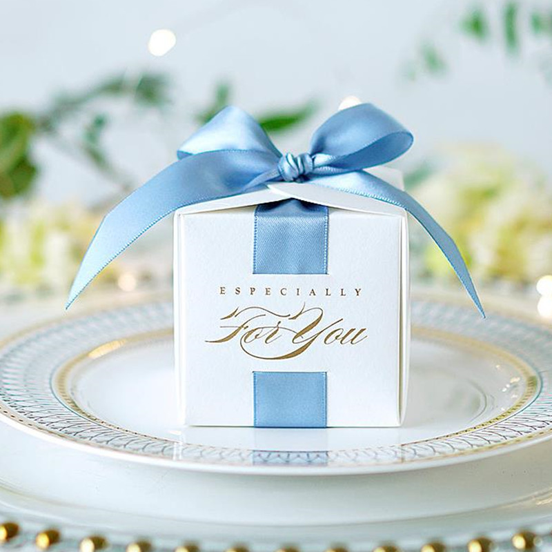 Upscale Creative Wedding Favors Gift Box Boy Girl Candy Boxes For