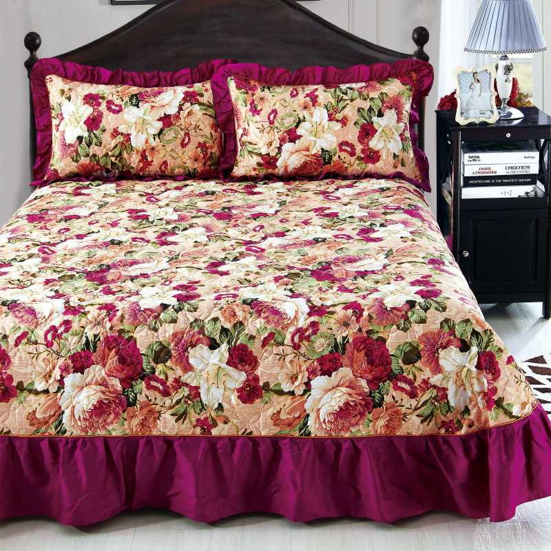Home Textile Bedspread winter quilted bedspread Ruffles pillowcase 100% cotton quilted bedskirt Luxury Flower American bed coverHome Textile Bedspread winter quilted bedspread Ruffles pillowcase 100% cotton quilted bedskirt Luxury Flower American bed cover