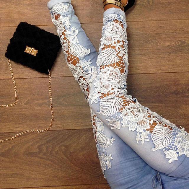 2016 Mulheres Do Laço Da Forma calças de Brim Plus Size Sexy Oco Out flor Gancho Pés Apertados Lápis Pant Skinny Plus Size Mulher calças de brim