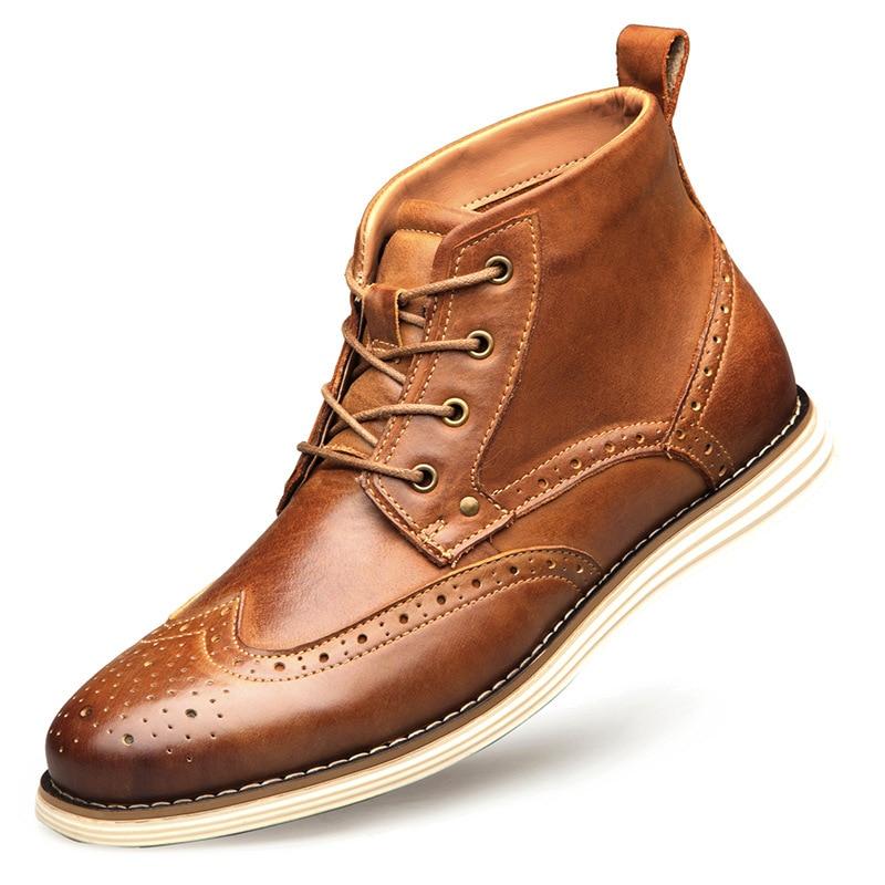 Ayakk.'ten Basic Çizmeler'de NPEZKGC Moda Hakiki Inek Deri Erkek kısa çizmeler İlkbahar Sonbahar Lace Up Brogue yarım çizmeler erkek Botları Artı Boyutu 40  48'da  Grup 3