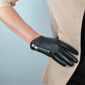 Image 2 - 2020 האחרון אמיתי עור כפפות נשי קצר כבש כפפות אופנה פשוט רוכסן קישוט אישה של עור כפפות NS23