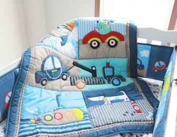 цена на 4pcs Puppy Dog Car Baby Crib Nursery Bedding Set Quilt Bumper She Et Crib Skirt Lovely Bedding Set For Newborn Baby