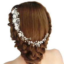 Wedding Hair Jewelry For Bridal White Flower Rhinestone Fake Pearl Hair Comb Lengthen Headdress Wedding Clip