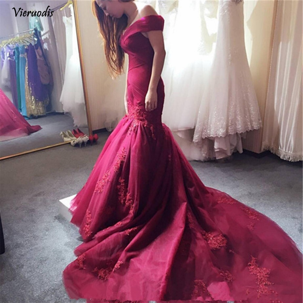 115-1          2017 New Elegant Burgundy Off the Shoulder Prom Dresses Lace Appliqued Sequins Mermaid Evening Dresses Corset Back Vintage Long Sweep Train