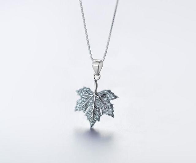 Real 925 sterling silver white stone set lucky maple leaf pendant 925 sterling silver white stone set lucky maple leaf pendant necklace jewelry gift gtlx1222 mozeypictures Image collections