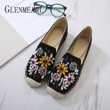 Women Flats Loafers Shoes Summer Newest Rhinestone Straw Woman Casual Round Toe Fisherman Lazy Plus Size