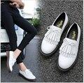 Плюс размер 34-43 Лакированной Кожи плоские туфли 2017 весна Британском стиле оксфорд обувь кисточкой плоские одиночные обувь