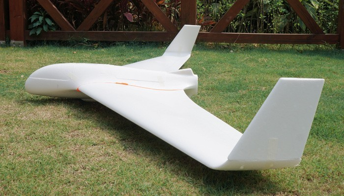 2 Skywalker X8 white Version Skywalker FPV Flying Wing 2122mm RC Plane Empty frame 2 Meters x-8 EPO RC Toy