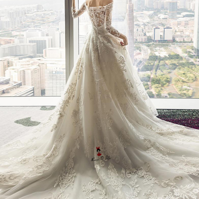 Vintage Long Train Wedding Dress 2018 Boat Neck Long