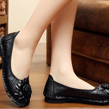 Leather Casual Shoes Soft Bottom Non-Slip Leather Shoes Handmade Flowers Sewing Flat Shoes Thick Crust Women Shoes Loafers artmu 2017 retro hollow out women shoes handmade slip on woman loafer shoes non slip female shoe genuine leather soft bottom