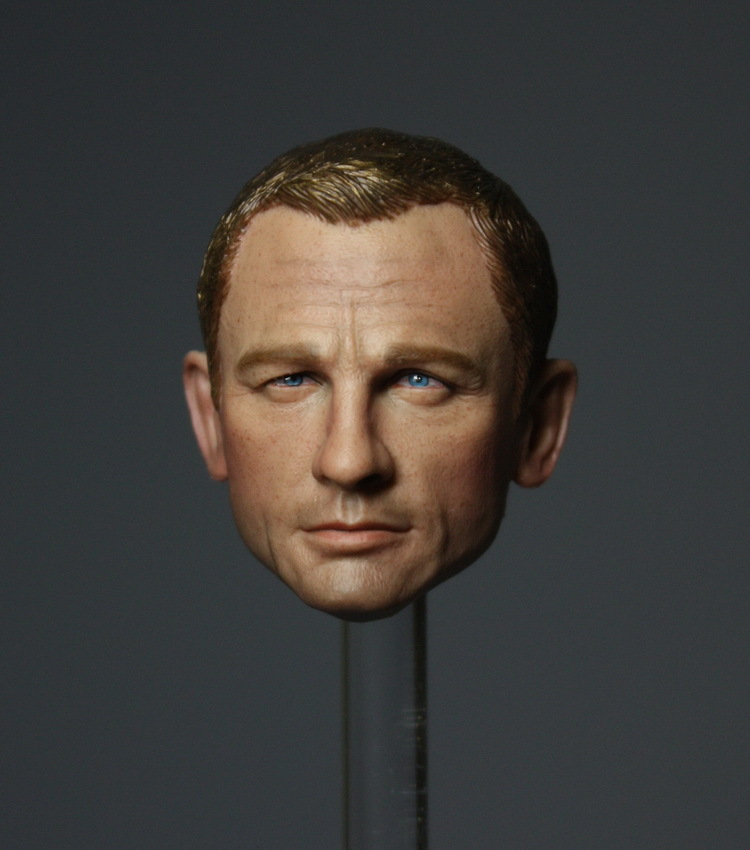 007 James Bond head carved Daniel Craig,1/6 DIY doll Parts12 Soldier model male Replace the head ,not include clothes and body