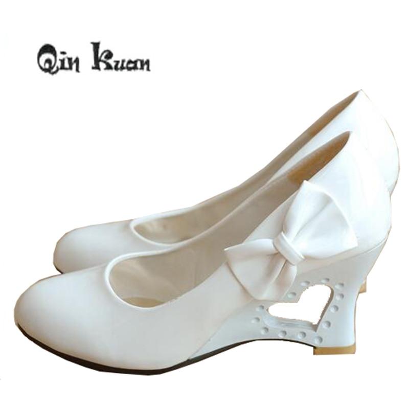 Qin Kuan Spring Women Wedding Pumps Bowtie Patent Pu Leather Ladies High Heel Wedge Girls Shoes Plus Size 34-43