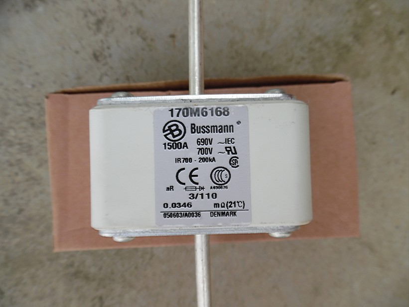 цены Free shipping 5pcs Fuses: 170M6168 1500A 690V aR