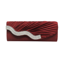 цена hot sale pleated drape satin clutch bag woman lady girl female diamonds crystal evening bag онлайн в 2017 году