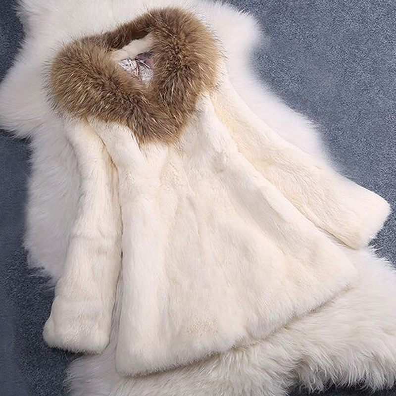 2019 New Full Pelt Rabbit Fur Coat With Raccoon Fur Collar Whole Skin Fur Jacket Wholesale Low Discount Sale Overcoat SR29