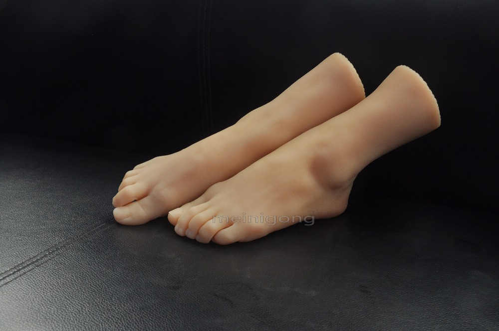 sexy female realistic mannequin foot female sexy feet in silicon energy productive professional modelreal pussy in the pocket, newest lifesize female pussy feet women fake model cloned foot mannequin tanning skin