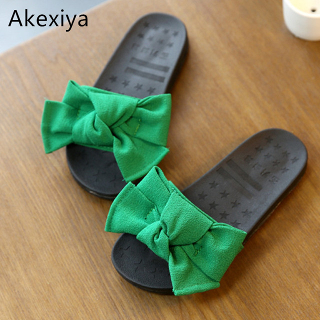 Akexiya 2017 Summer Girls Sandal Bowtie Children Slide Casual Beach Sandal  Baby Girl Black Shoe Sole Kid Fashion Slip On Slipper 056b0c88706f