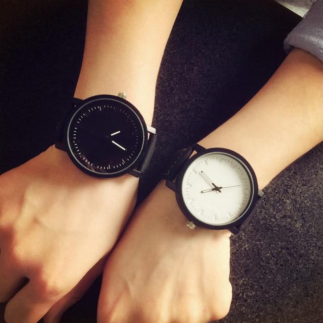 2017 Harajuku style Big Dial Fashion Casual Watch Men Women Quartz Clock Leather