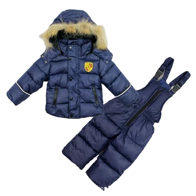 2017 nuevos niños abajo acolchado de dos juegos de los niños y niñas gruesa ropa de esquí sistema de la ropa de invierno Chaquetas pantalones + chaleco