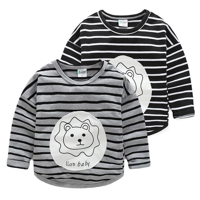 2017 de primavera y otoño niños de algodón a rayas camisetas animales león o-cuello de la camisa básica de manga larga tops para niños ropa