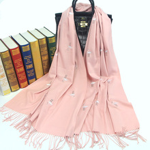 Autumn winter scarfs imitation cashmere scarf women embroidery swan warm cashmere scarf thick tassel scarves crane shawl autumn cashmere шаль