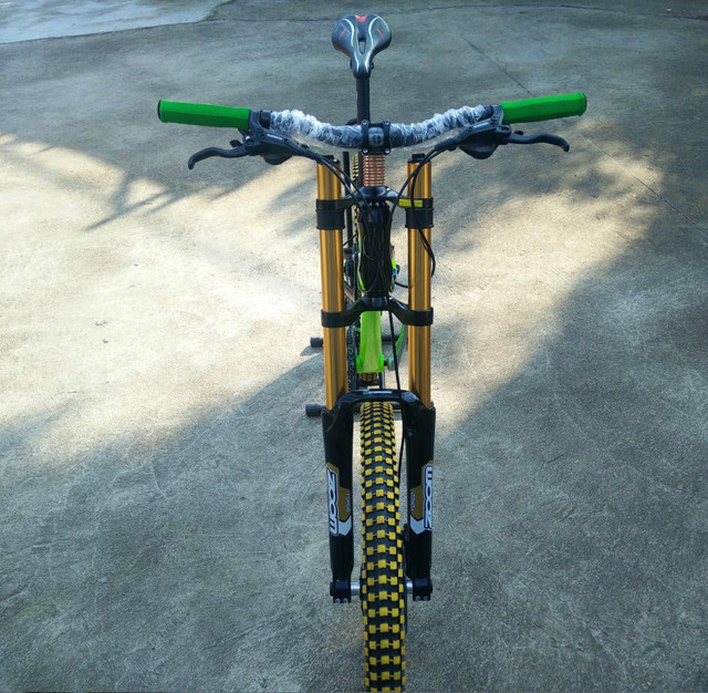 Green color  DH 24/27/30 speed  bike  Soft-tail frame  Downhill   26*2.35 tires  mountain  bike  Hydraulic braks bicycle