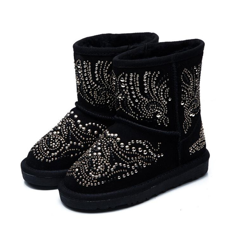 цены 2017 New Winter Children Snow Boots Sequins Kids Boys Leather Boots Warm Shoes With Fur Princess Baby Girls Non-slip Ankle Boots