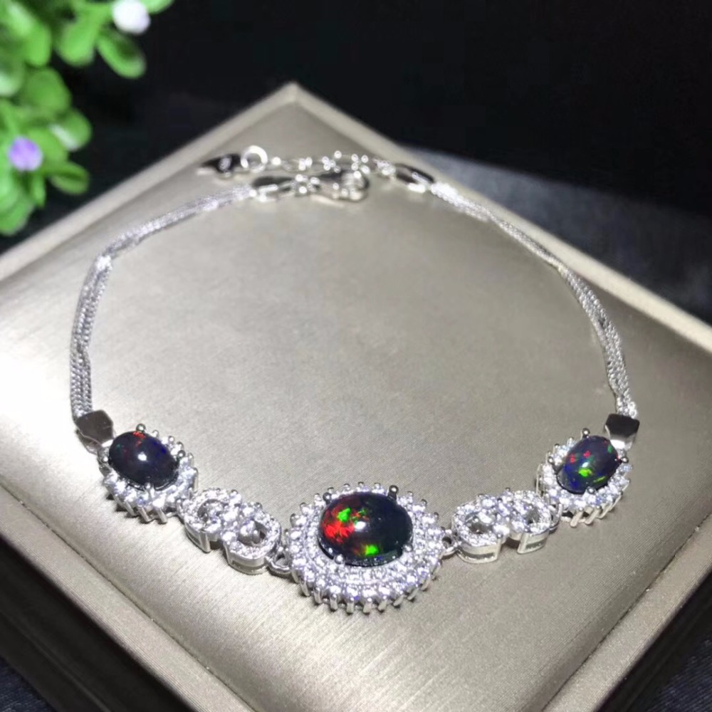 Exclusive high-end gem natural ruby Bracelet exhibition 925 new silver hand-made leading fashion natural tanzania bracelet fashionable new product design jewelry exhibition new product 925 silver beautiful lady attention coll