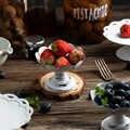 Avrupa beyaz ferforje Retro antika plaka kek meyve tabağı bulaşık Vintage tepsi ev partisi düğün dekor fotoğraf Prop