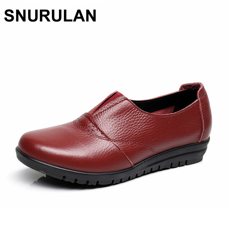 SNURULAN High Quality Genuine Leather Women's Casual Shoes Non Slip Flats Shoes Women Soft Mother Loafers Slip On Shoes Big Size xiuteng 2018 spring genuine leather women candy color flats soft rubber sole ladies casual high quality beach walking shoes