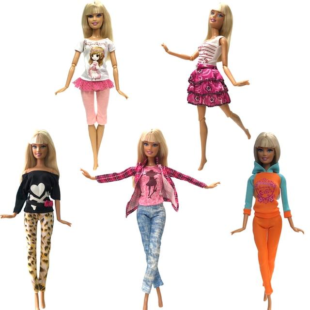 c7a49834 US $4.21 11% OFF NK 5 sztuk/zestaw lalka sukienka moda strój ręcznie na co  dzień ubrania w stylu spodnie dla Barbie akcesoria dla lalek dziewczyn ...