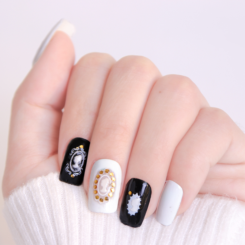 White Nails With Gold Glitter Ombre Papillon Day Spa