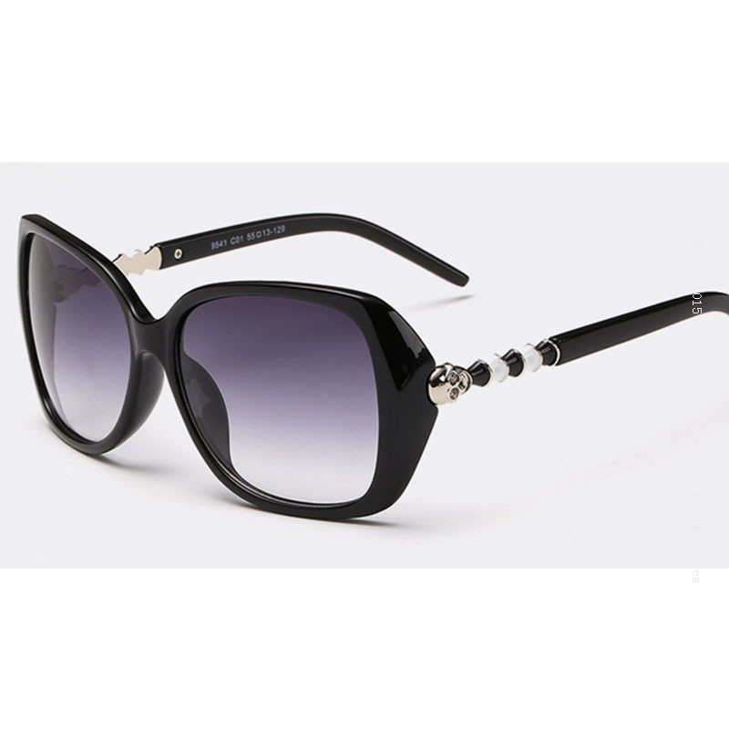 01e006352f VEGA Top Rated Novelty Ladies Sunglasses Polarized Funky Wraparound  Sunglasses With Skulls Stunner Shades with Pouch 9541-in Sunglasses from  Apparel ...