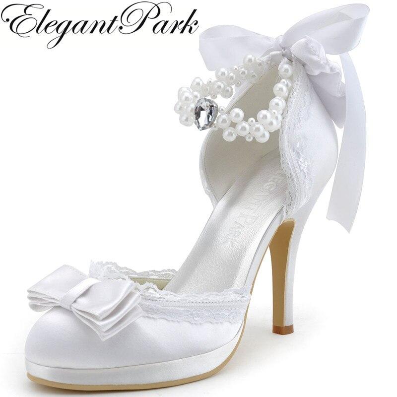Ayakk.'ten Kadın Pompaları'de Kadın Düğün Ayakkabı Fildişi Beyaz Kapalı Ayak Yüksek Topuk ayak bileği Kayışı Yay Inciler Saten ve Dantel Balo Elbise Gelin Pompaları a3202C PF'da  Grup 1