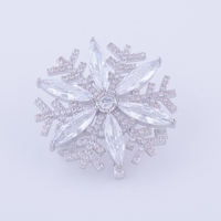 Elegant Micro Pave Zircon Crystal Snowflake Pins And Brooches Wholesale Copper CZ Brooches For Womens Costume