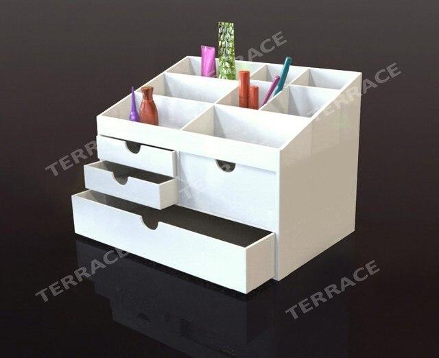 Gli accessori da scrivania per un workspace sempre in ordine
