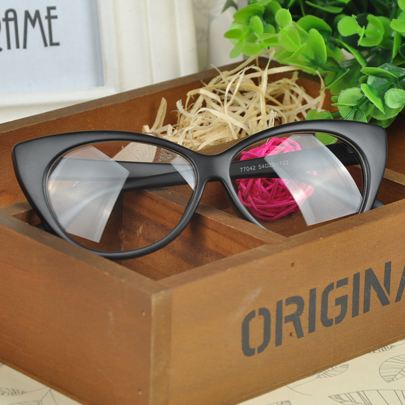 7ee5ab1f154 Cat Eye Glasses Retro Fashion Black Women Glasses