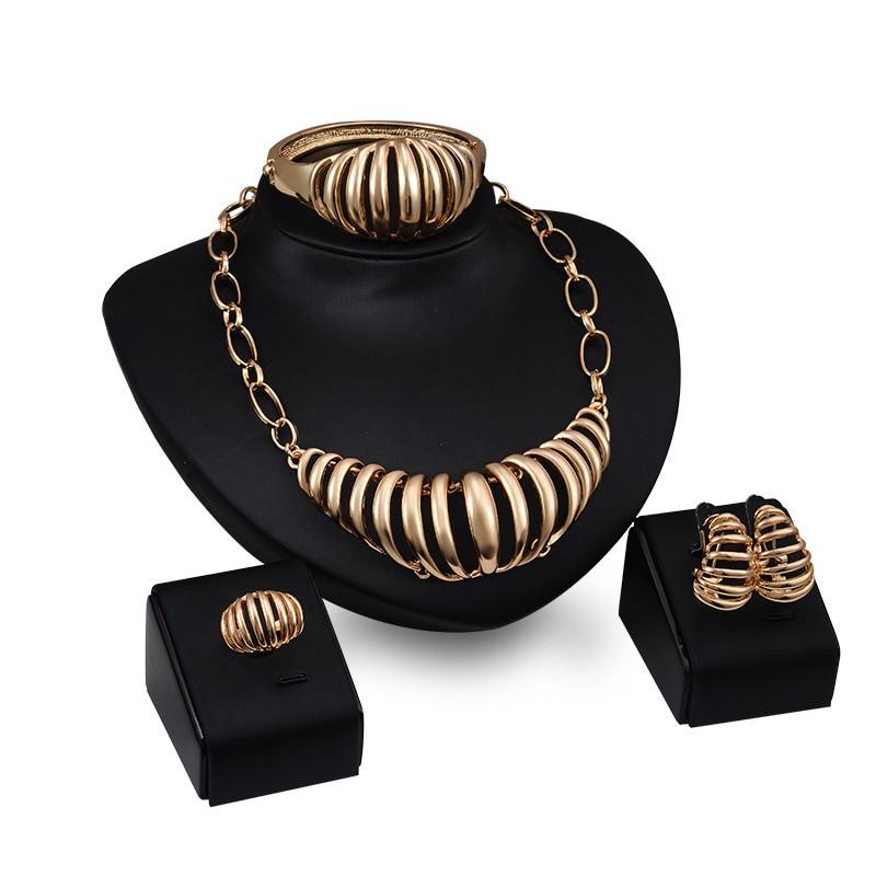 QCOOLJLY Women Fine Jewelry Gold Color Classic Pendant Women Wedding Dress Accessories Austrian Crystal Earrings Necklace Set