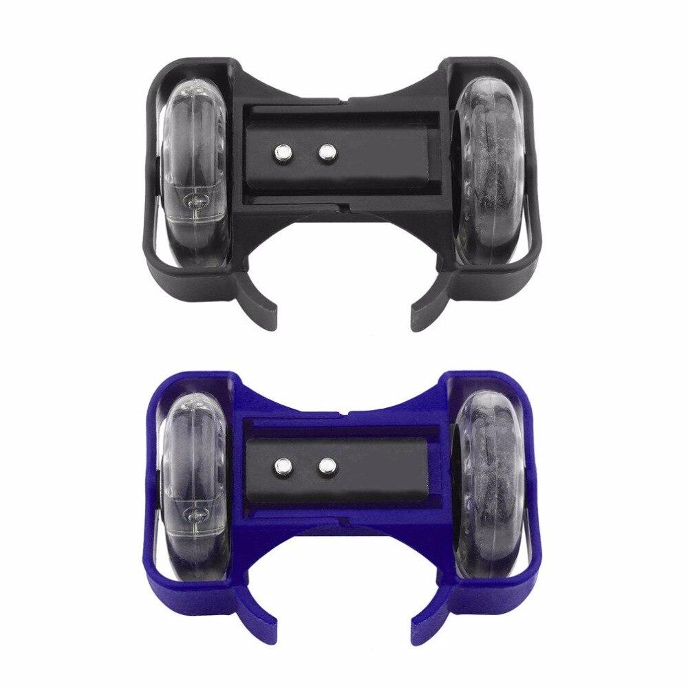 Azul/negro destellan zapatos de patinaje sobre pequeño torbellino polea rueda de Flash patines deportes Rollerskate zapatos para niños nuevo
