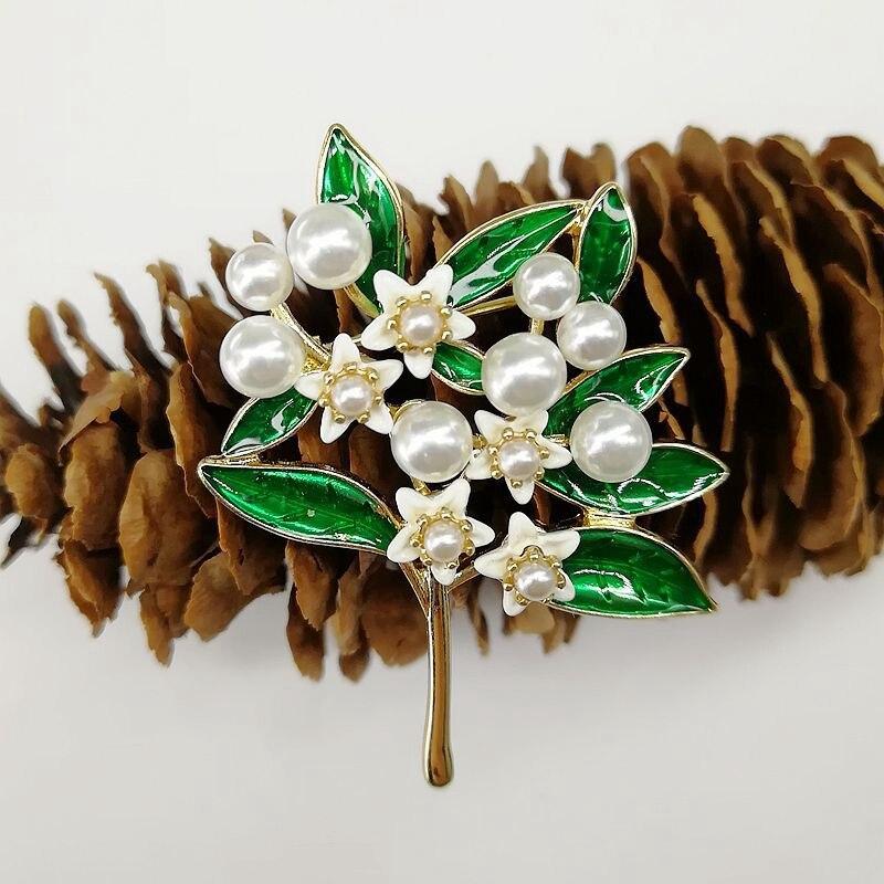 Rhinestone Gardenia Flower Brooches For Women Crystal Alloy Brooch Jewelry Wedding Gifts Flower Brooch Decoration