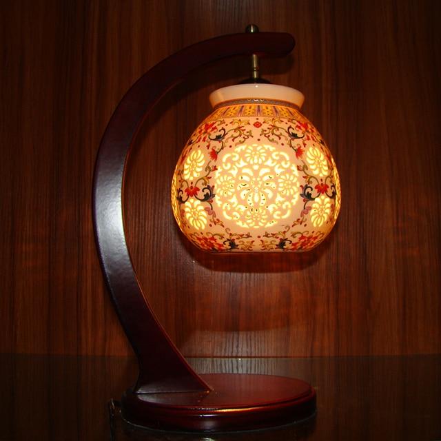 Lantern Jingdezhen Chinese Porcelain Ceramic Table Lamp Vintage Decorative Bedside Living Room Wedding