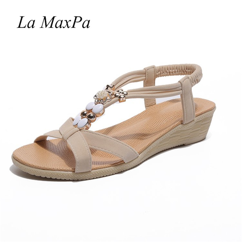 Peep-Toe Flat Buckle Shoes Bohemia Flip-Flop Beach Beads Sandals Flat Wedges Shoes Lovely Footwear Foot Toes Comfortable To Wear mint women summer bohemia flower beads flip flop shoes flat sandals may27