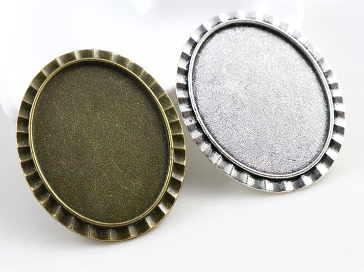 New Fashion 5pcs 30x40mm Inner Size Antique Silver And Bronze Pin Brooch Fashion Style Base Setting Pendant TrayNew Fashion 5pcs 30x40mm Inner Size Antique Silver And Bronze Pin Brooch Fashion Style Base Setting Pendant Tray