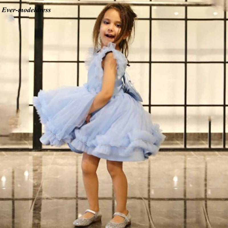 Vestidos 2020 Light Sky Blue Ball Gown Flower Girls Dresses Cap Sleeves Short Birthday Party Dresses With Bow Robe Mariage Femme
