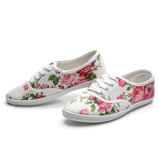 New spring summer 2018 floral women of single shoes rihanna flat student canvas tenis feminino sneakers breather