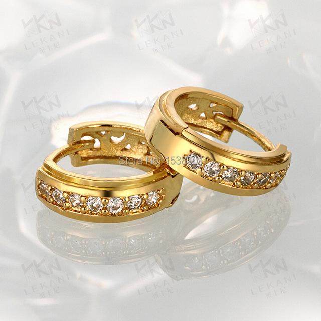 Simple Sólido Oro Amarillo Lleno de Mujeres Pendientes de Aro Con Incrustaciones de Circonio Cúbico